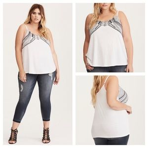 🆕 Torrid Embroidered Knit Swing Cami Size 2 NWT